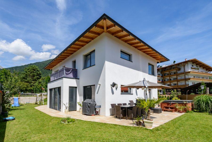 massivhaus haus peer fertighaus in massivbauweise massivhaus gmbh in tirol. Black Bedroom Furniture Sets. Home Design Ideas