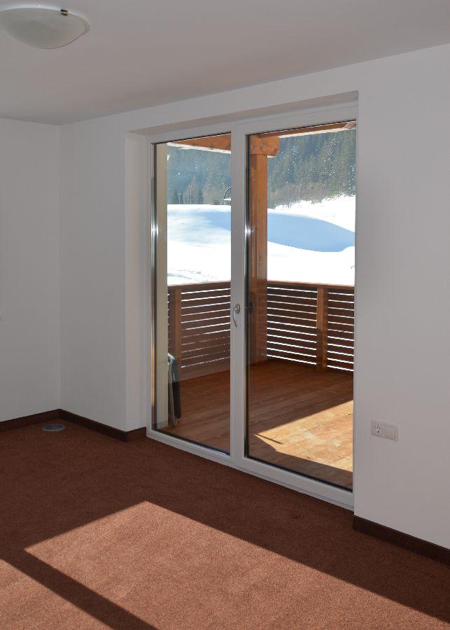 Kinderzimmer 1 mit Terrasse
